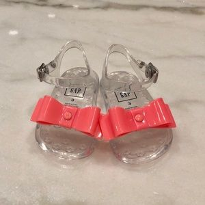 GAP🔅BABY GIRL JELLY SANDALS🔅SIZE 3